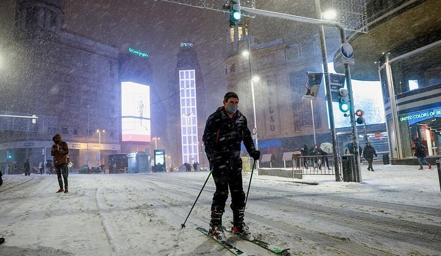 В Мадриде выпал снег